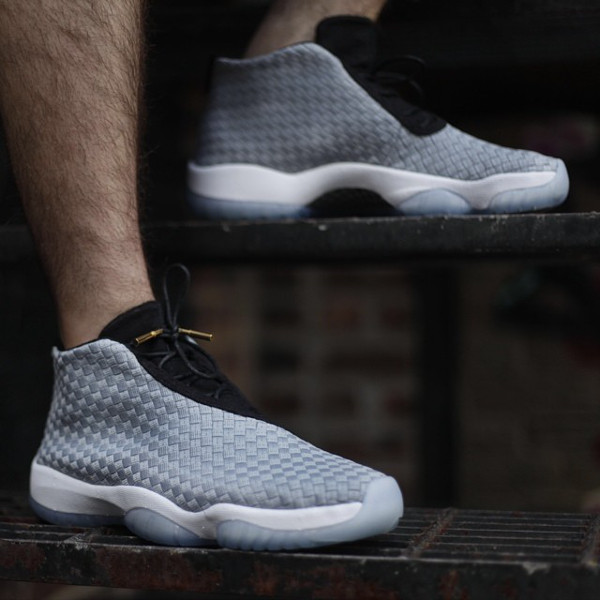 Air Jordan Future Premium Metallic Silver (1)