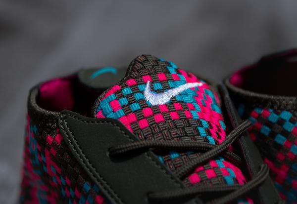 Nike Air Footscape Desert Chukka Hyper Pink-3