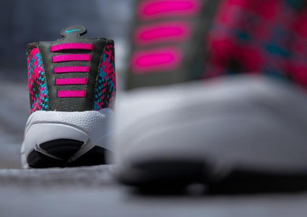 Nike Air Footscape Desert Chukka Hyper Pink-4