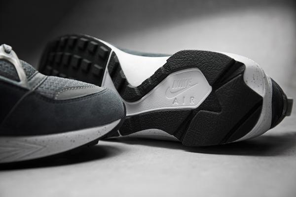 Nike Air Huarache Light x Footpatrol Concrete (9)
