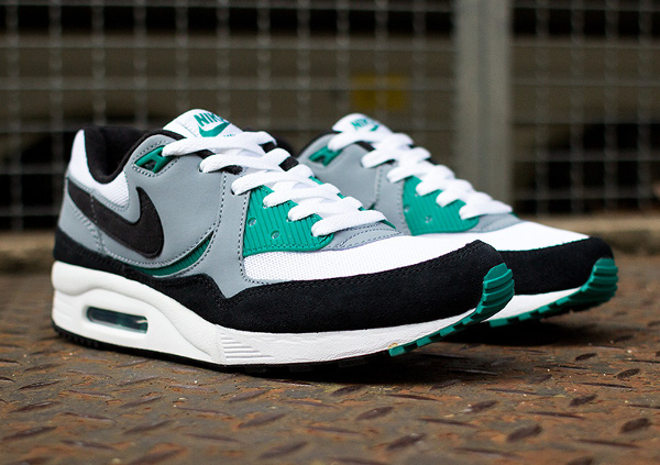 Nike Air Max Light Essential Mystic Green  (3)