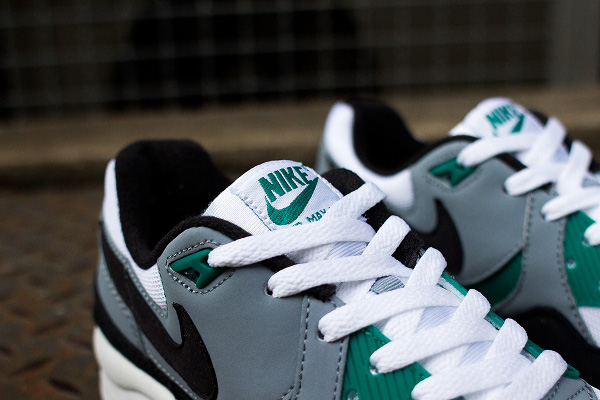 Nike Air Max Light Essential Mystic Green  (4)
