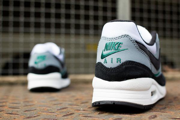 Nike Air Max Light Essential Mystic Green  (5)