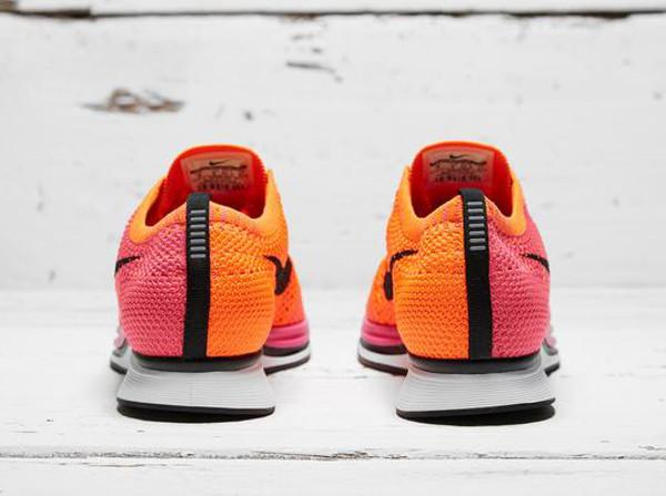 Nike Flyknit Racer Pink Flash (4)