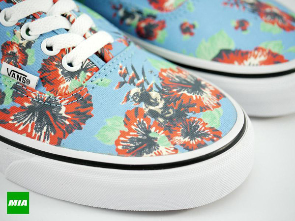 Vans Authentic Aloha x Star Wars Yoda  (5)