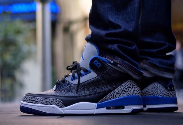 Air Jordan 3 Sport Blue aux pieds