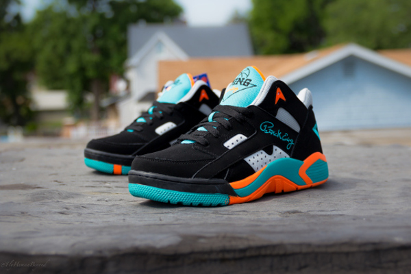 Ewing Wrap Mid Black Baltic (2)