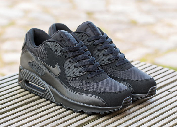 Nike Air Max 90 Essential noir (2)