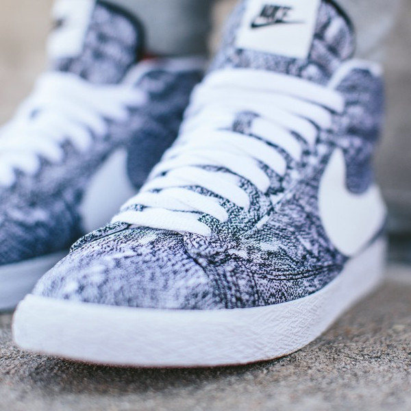 Nike Blazer Mid QS Marble Mesh aux pieds (2)