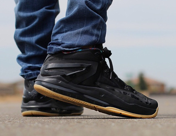 Nike Lebron 11 Low Max Black Gum (9)