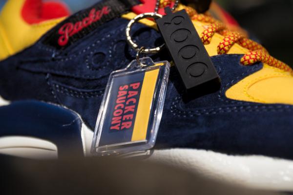 Saucony Grid 9000 x Packer Shoes 'Snow Beach' (3)