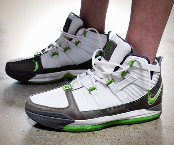 20-Nike Lebron 3 Dunkman - Nick DePaula