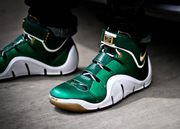 34-Nike Lebron 4 SVSM - KCBruins