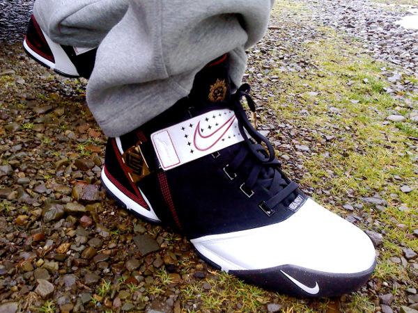 39-Nike Lebron 5 Black White Crimson - 4DRUMZ