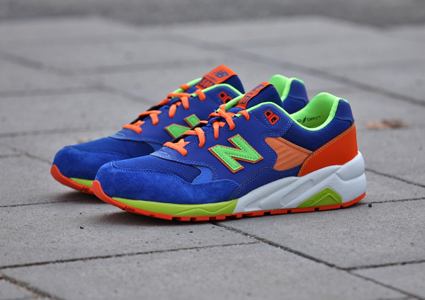 New Balance MT580 MB (Bleue Orange Vert Fluo) (1)