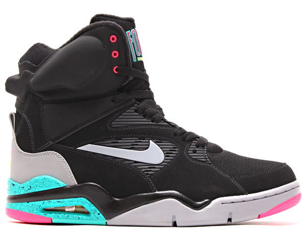 Nike Air Command Force (2)