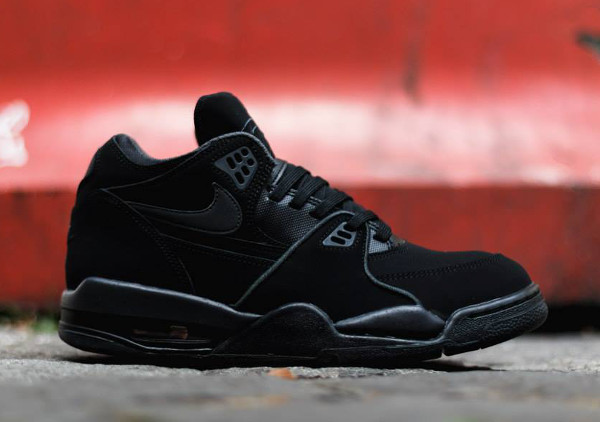 Nike Air Flight 89 'Triple Black' (4)