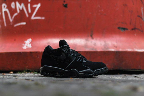 Nike Air Flight 89 'Triple Black' (5)