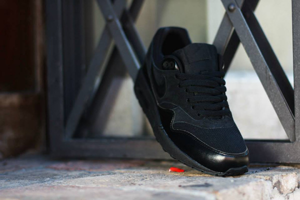 Nike Air Max 1 Essential Triple Black 537383-020 (4)