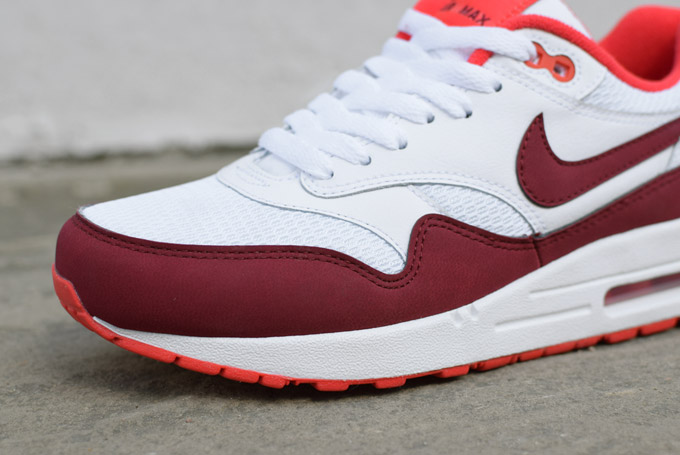 Nike Air Max 1 Essential White Team Red