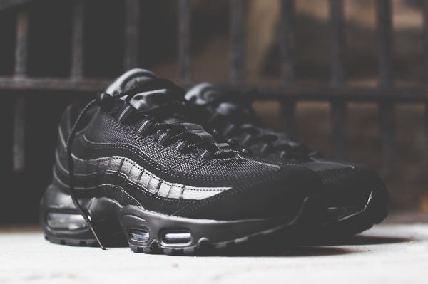 Nike Air Max 95 'Triple Black' ...