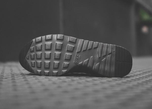 Nike Air Max Thea Triple Black (2)
