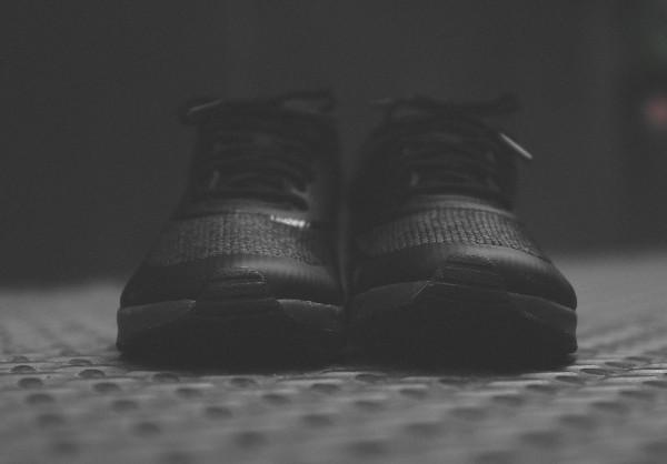 Nike Air Max Thea Triple Black (3)