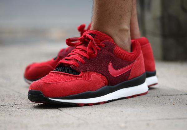 Nike Air Safari Team & Gym Red (4)