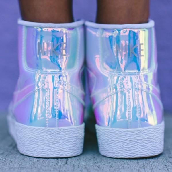 Nike Blazer Mid 'Iridescent' (2)