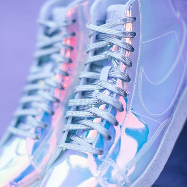 Nike Blazer Mid 'Iridescent' (3)