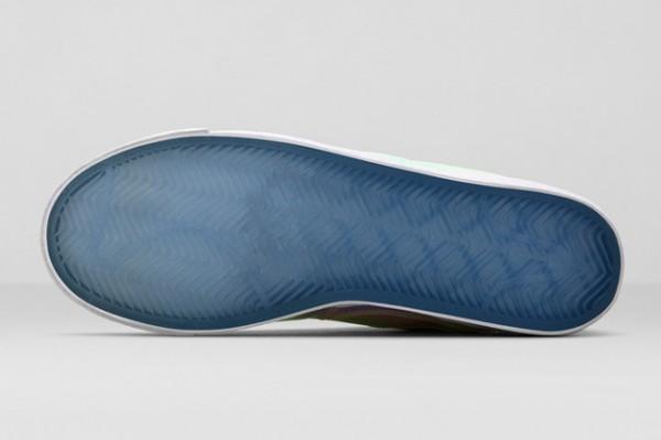 Nike Blazer Mid 'Iridescent' (6)