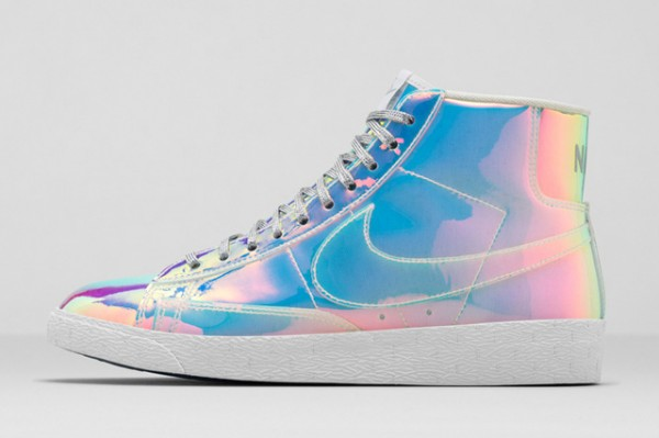Nike Blazer Mid 'Iridescent' (7)