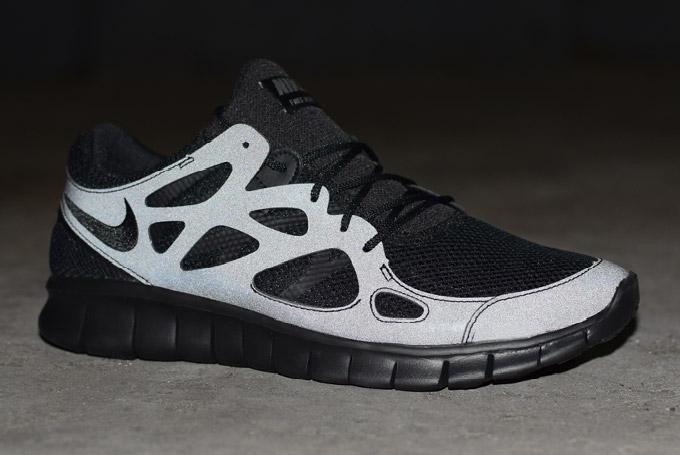 sale retailer 7045d 9bc86 Où acheter la Nike Free Run 2 'Triple Black' 3M ?