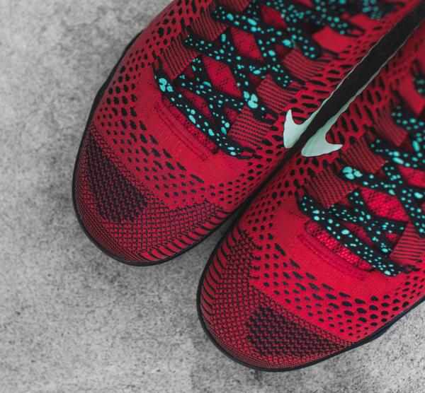 Nike Kobe 9 Elite Low (Flyknit) University Red (5)