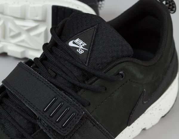 Nike SB Trainerendor ACG Black Black Black 2015 (3)