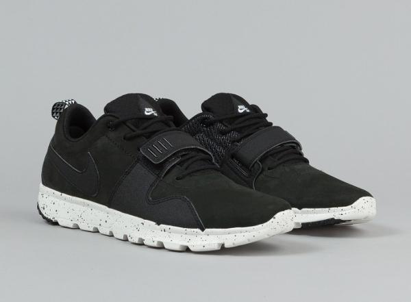 Nike SB Trainerendor ACG Triple Black (2)