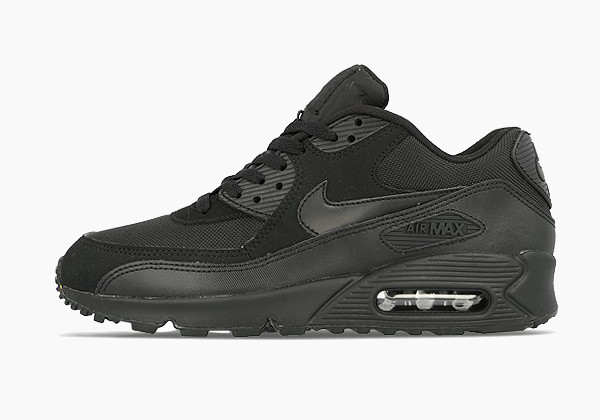 air max 90 triple black