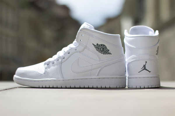 Air Jordan 1 Mid (White Cool Grey) (4)