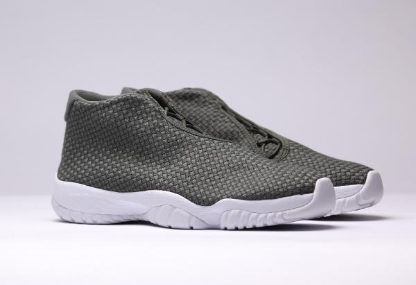 Air Jordan Future Iron Green (2)