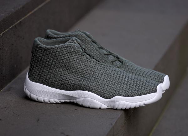 Air Jordan Future Iron Green (4)
