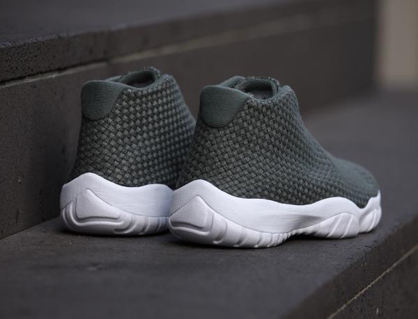 Air Jordan Future Iron Green (7)