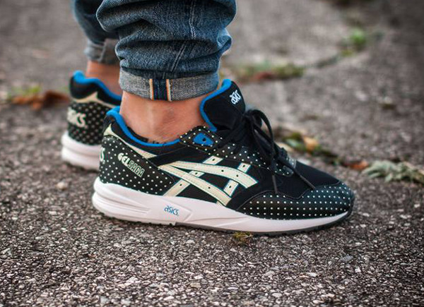 Asics Gel Saga Glow In The Dark (1)