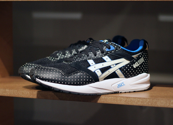 Asics Gel Saga Glow In The Dark (2)