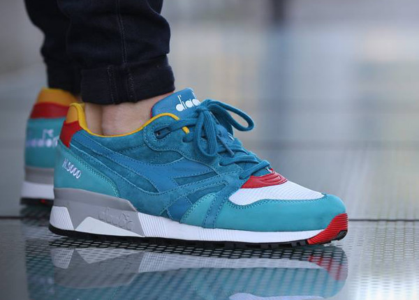 Diadora N.9000 x Hanon Shop The Saturday Special Transit II aux pieds (2)