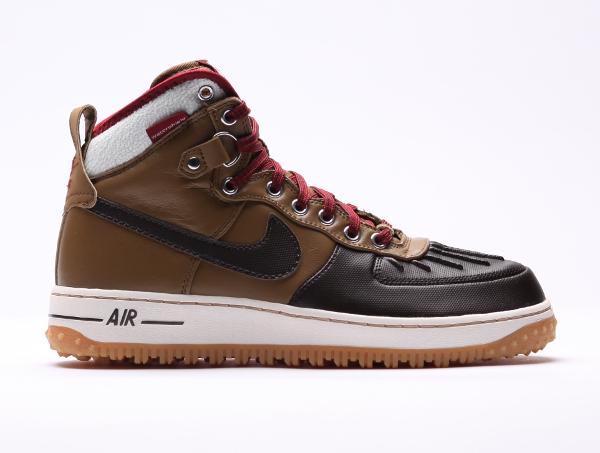 Nike Air Force 1 Duckboot Umber Velvet Brown Sail Team Red (2)
