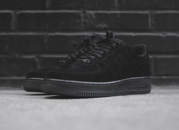 nike air force 1 daim noir