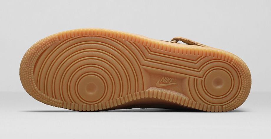 Nike Air Force 1 Mid Flax Wheat photo officielle (5)