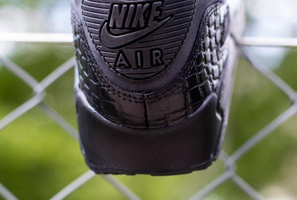 70ae988054ed7 Nike Air Max 90 Black Croc Femme (3)
