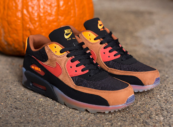 Nike Air Max 90 Ice Halloween QS (1)