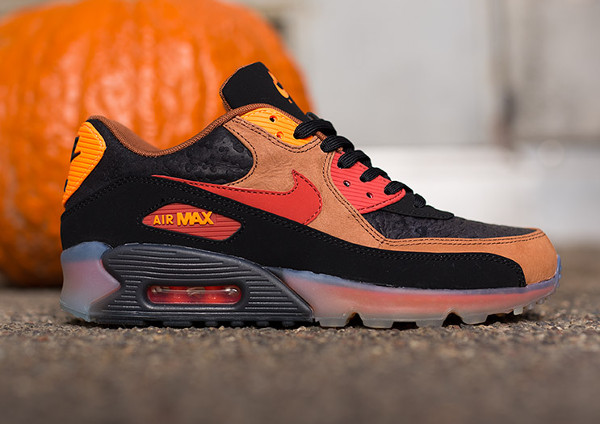 Nike Air Max 90 Ice Halloween QS (2)